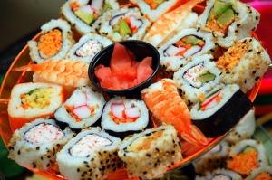 food-japanese-sushi-yummy-Favim.com-330915